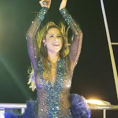 Luana Monalisa 'aterrissa aeronave' no circuito Barra Ondina, em Salvador