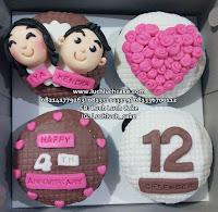 Cupcake Birthday dan Anniversary Romantis