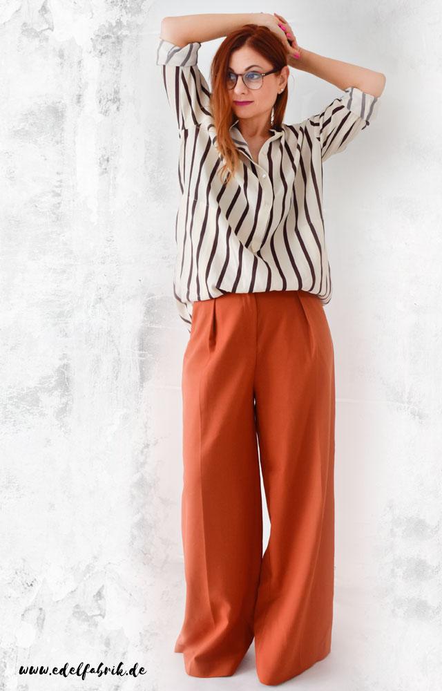 die Edelfabrik, Look, weite, orange Hose mit Streifenhemd