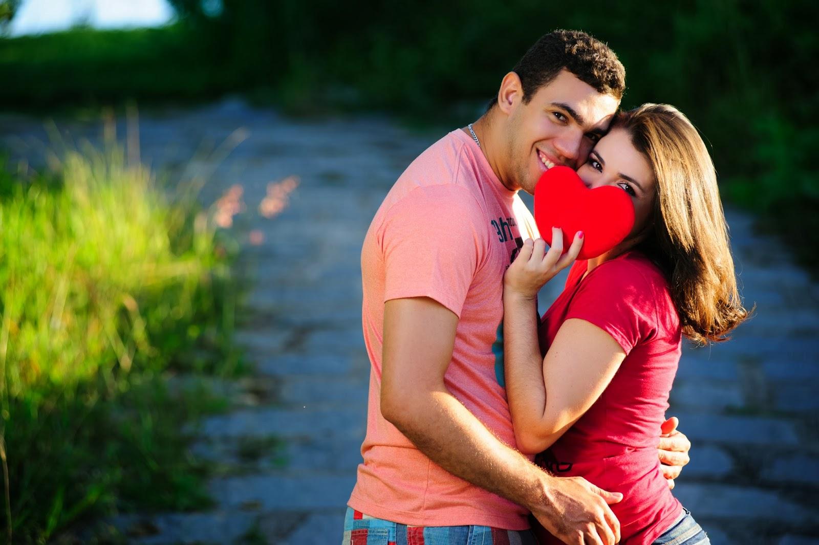 esession-casal-fotografos-noivos-coracao