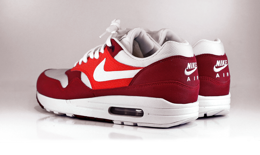 54561dbfa1 Nike brings in the warm spring weather with a few releases of the iconic  Air Max 1. We would like to unveil