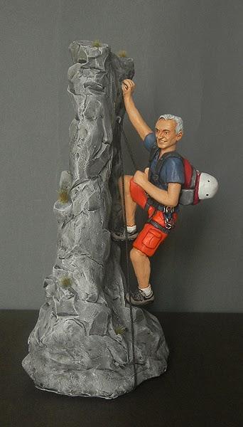 statuette action figure personalizzate sportivo alpinista appassionato montagna orme magiche