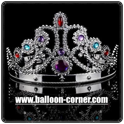 Mahkota Ratu Untuk Pesta Ulang Tahun Dewasa