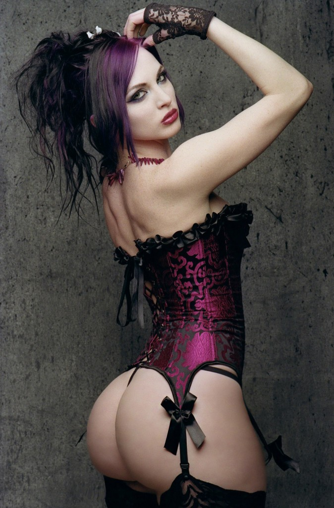hot-gothic-girl-pictures