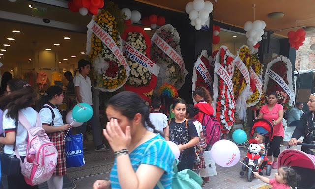 İzmir açılış organizasyonu fiyatları için bizi mutlaka arayın. 0554 709 07 25 Hades organizasyon.