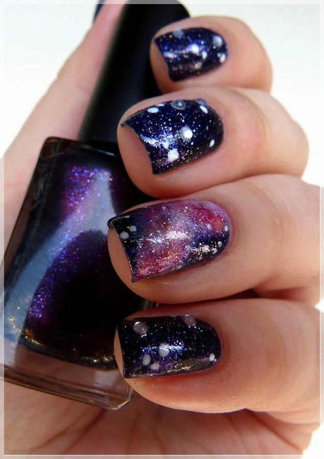 Sternenstaub Nageldesign Galaxy
