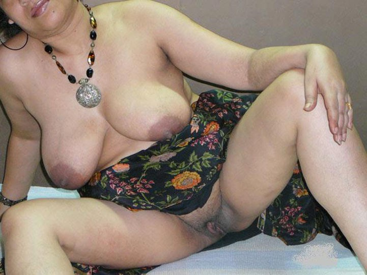 pussy south saree indian with