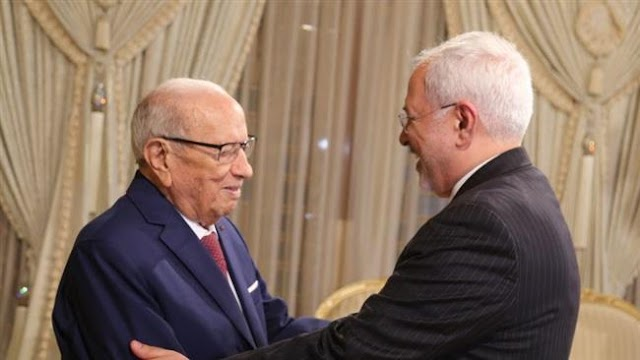 Iranian Foreign Minister Mohammad Javad Zarif meets with Tunisian President Beji Caid Essebsi in Tunis