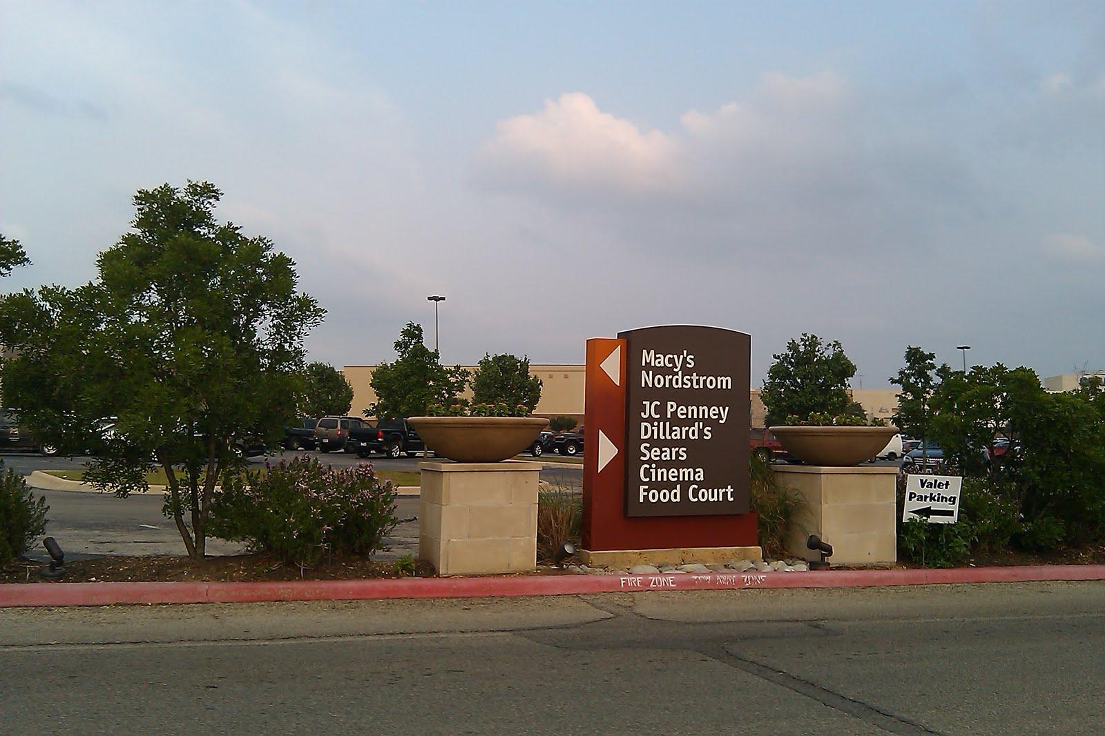 Barton creek square mall