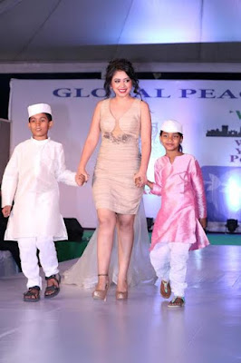 26/11 Mumbai Attacks Anniversary: Celebrities walked the ramp for Global Peace