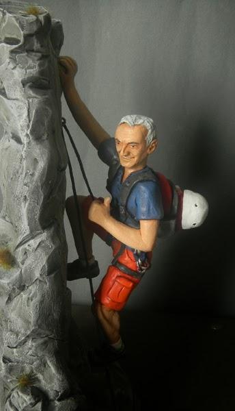 modellino action figure statuina regali originali alpinismo montagna orma magiche