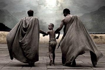 www.fertimente.com.br - Garotos a partir dos 7 anos eram retirados da guarda de seus pais e passavam o resto de suas vidas aprendendo a serem maquinas de matar melhores a serviço do governo de Esparta