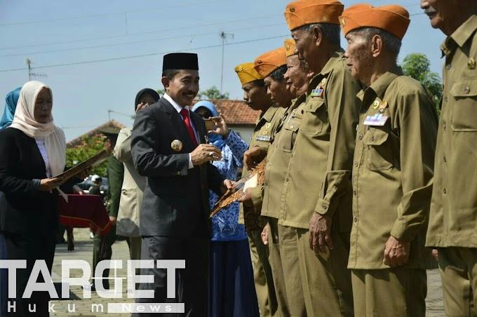 Peringati Hari Pahlawan, Pemkab Pati Berikan Tali Asih Untuk Veteran