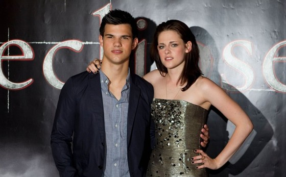 Taylor Lautner Actor W...