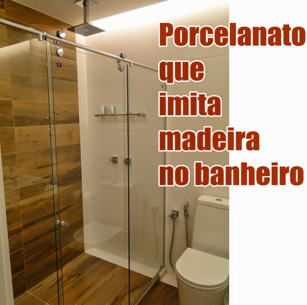 ideias-para-fazer-um-banheiro-com-porcelanato-que-imita-madeira