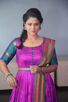 Shilpa Chakravarthy in Purple tight Ethnic Dress ~  Exclusive Celebrities Galleries 079.JPG
