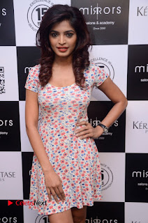 Actress Sanchita Shetty Pictures at Mirrors Salon App Launch Event 0005.JPG
