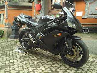 LAPAK MOGE BEKAS : Dijual Yamaha YZF-R1 2008 - BOGOR