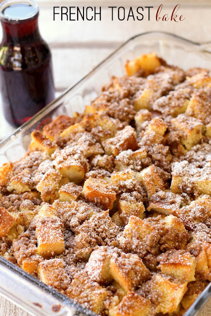 The Best Easy French Toast Bake Recipe - This super delicious overnight French Toast Bake recipe takes French toast to a whole new level! Pieces of sourdough bread covered in an egg mixture, topped with cinnamon sugar, and baked to perfection! This easy French toast casserole is the ultimate holiday or weekend breakfast! #breakfast #holidayrecipes #frenchtoast #casserole #bake #easybreakfast