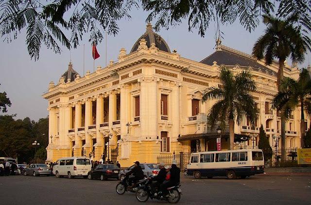 Gedung Opera Hanoi