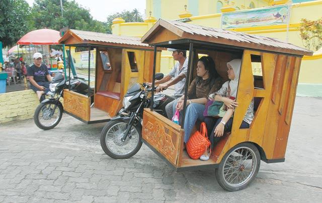 Pemprov Kepri Bangun Infrastruktur Area Parkir Becak di Penyengat