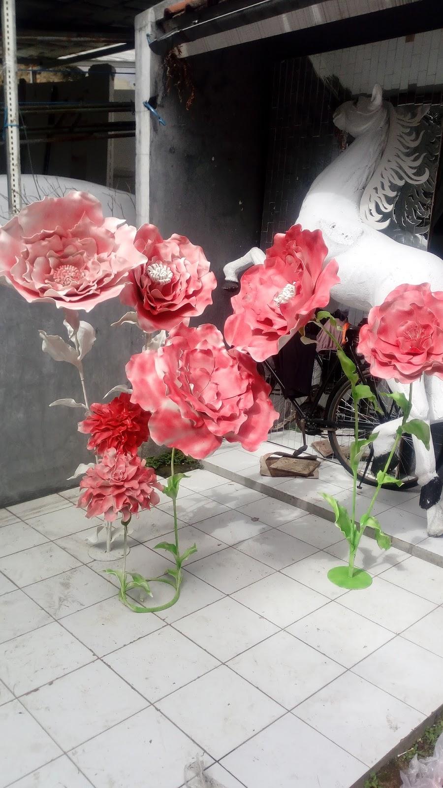Dekorasi Styrofoam Bunga Spon Besar Untuk Fotobooth Di  Bandung