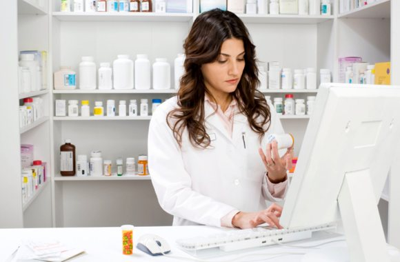 What is a Pharmaceutical Technician?