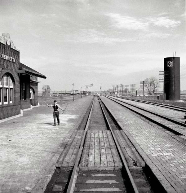 Train Photography By Jack Delano Vintage Everyday