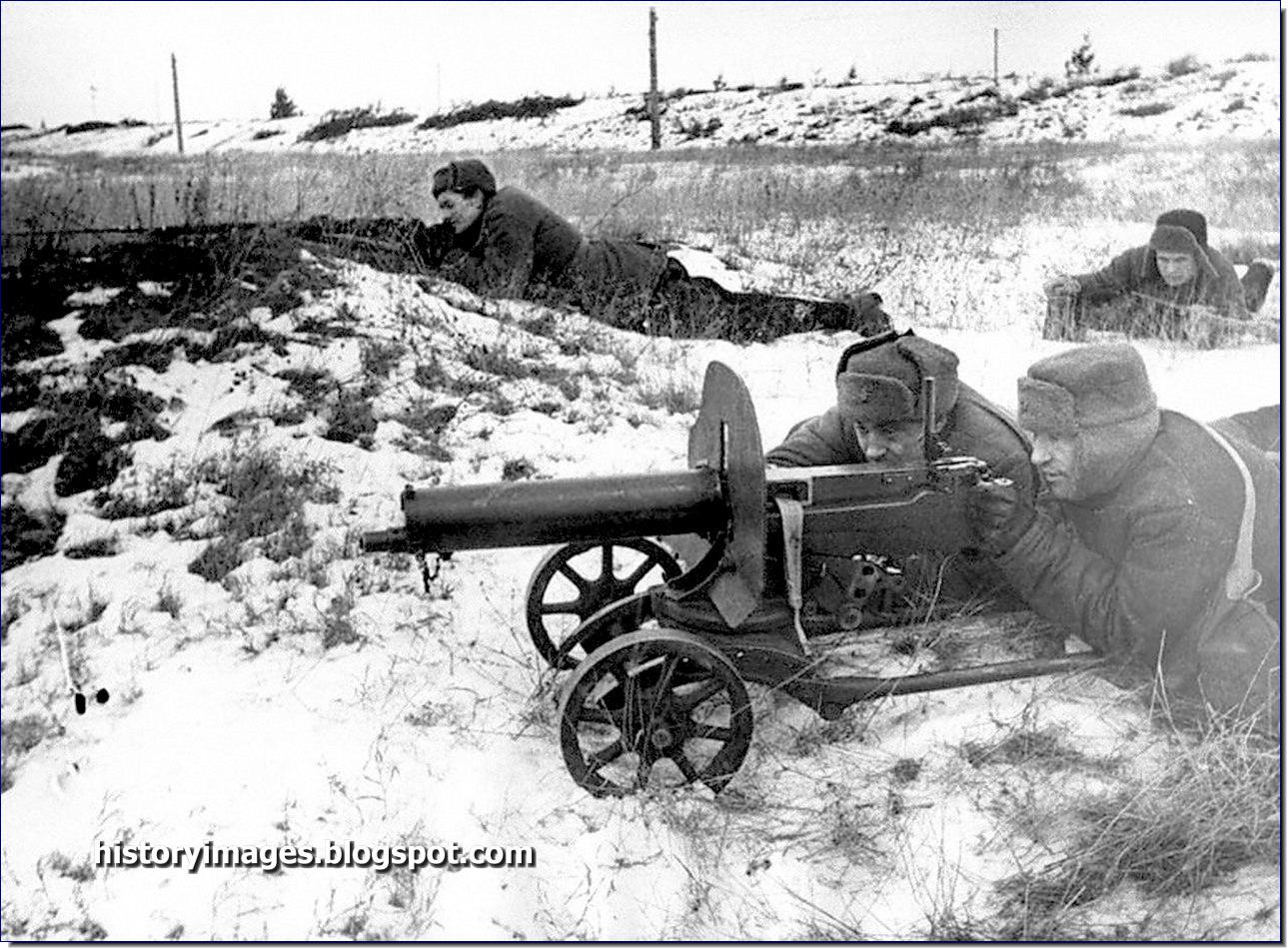 Image result for Russian maxim machine gun model 1910