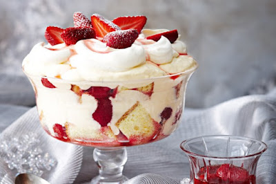 Strawberries 'n' cream trifle desserts recipes