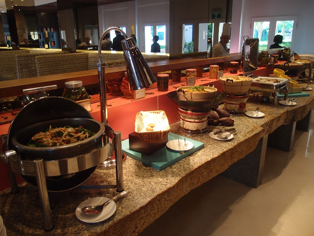 taste of discovery buffet