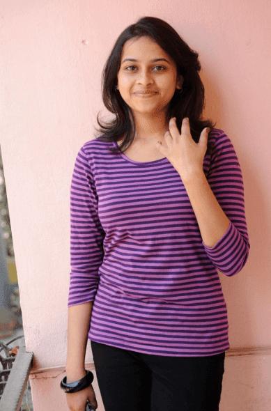 sri divya hot photos