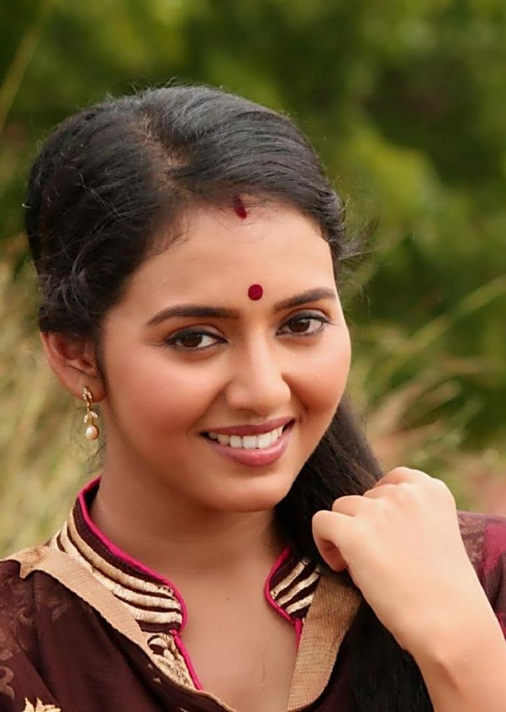 Good Looking Lady Vidya Pradeep, Cuteness Says