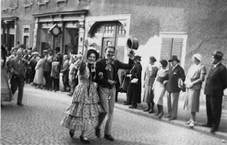 Die Biedermeiergruppe 1932 - Nachlass Joseph Stoll, Album Oald Bensem, lfd.No. 0092, eingescannt 600 dpi, Stoll-Berberich 2015