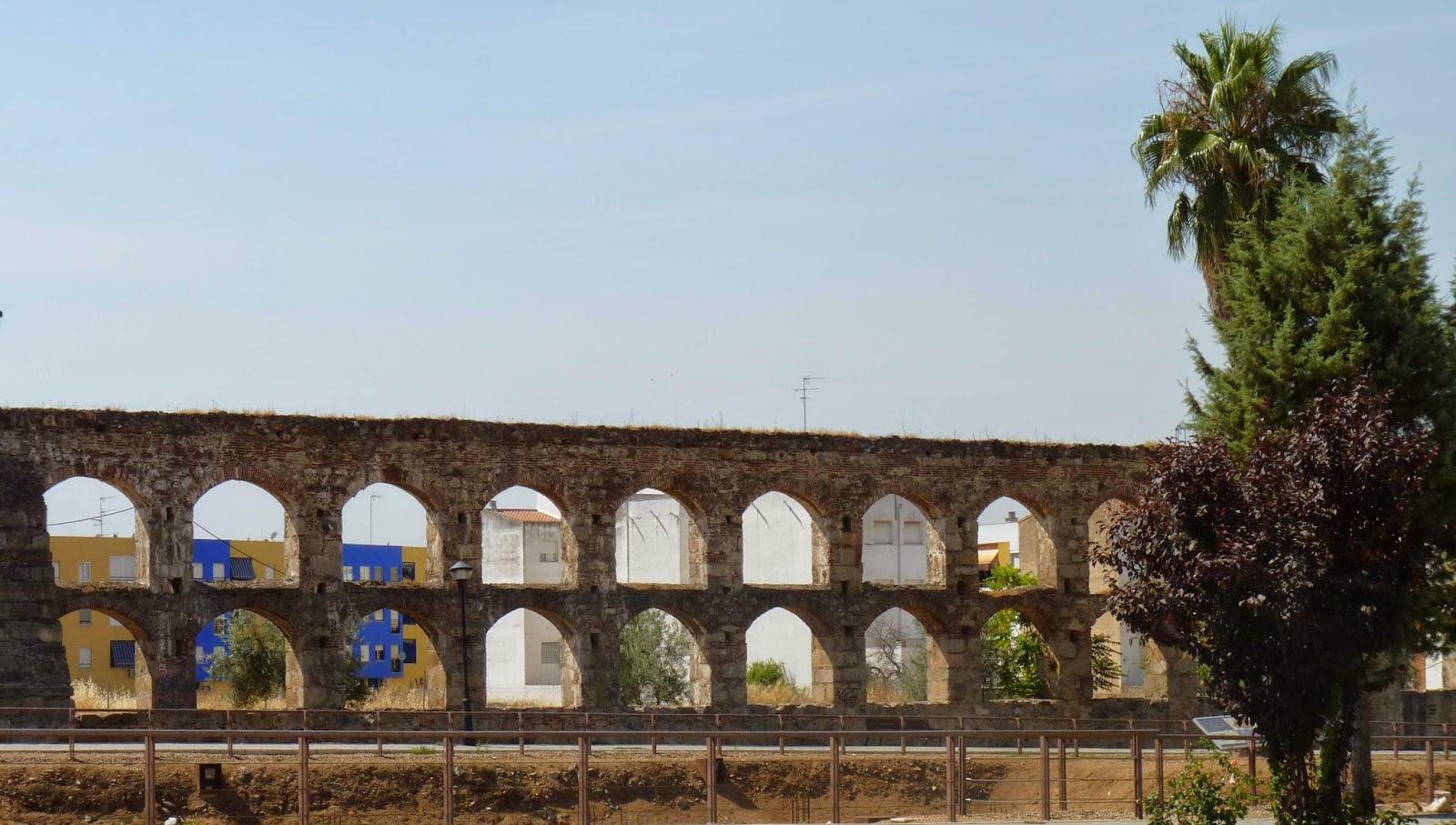 Acueducto romano de San Lázaro.