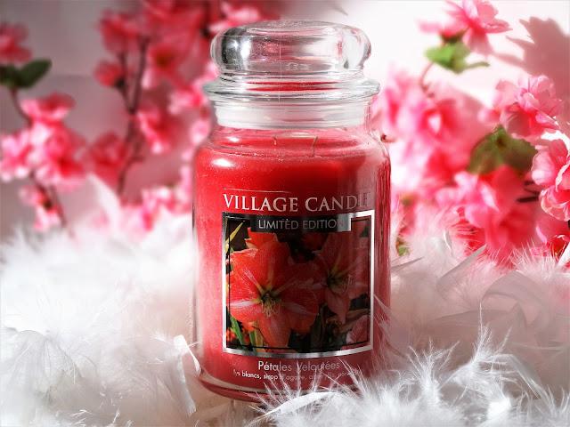 avis Velvet Petals (Pétales Veloutées) de Village Candle, blog bougie, blog parfum, blog beauté