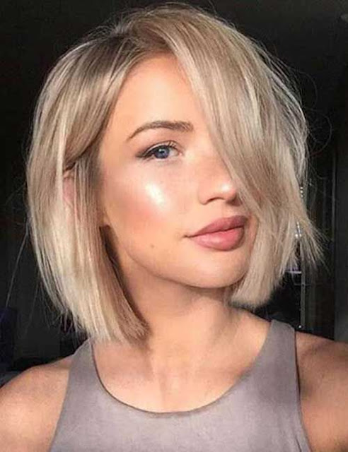 Cortar o cabelo é uma frequência que quase toda mulher tem. E cada vez mais a tendencia é cortar curto mesmo! Pois existem muitos modelos e formas de usar o cabelo curto que você nem imagina. Então se você está pensando em cortar o seu cabelo, você precisa ver essas 14 opções de cortes de cabelo curto incríveis para você se inspirar e ficar ainda mais linda.