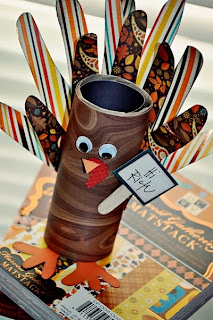 Thanksgiving Turkey Place Card Holder by Think Crafts