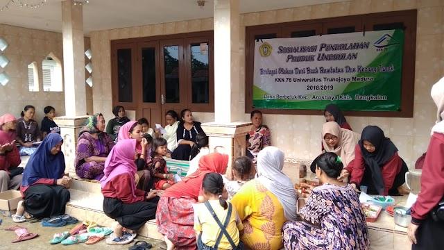 KKN 76 Desa Berbeluk Kec. Arosbaya Kab. Bangkalan Sulap Buah  dan Kacang Tanah Menjadi 4 Olahan Makanan yang  Mempunyai Nilai Jual Yang Tinggi