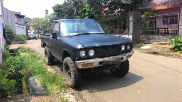 Chevrolet LUV lama