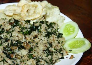 Gambar Nasi Goreng Daun Mengkudu