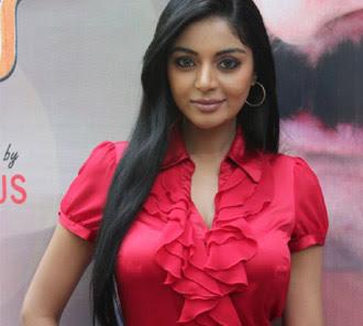 Sanam shetty hot Malayalam actress
