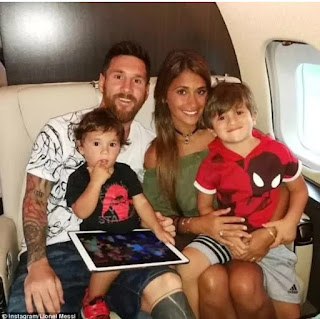 Messi with wife and children