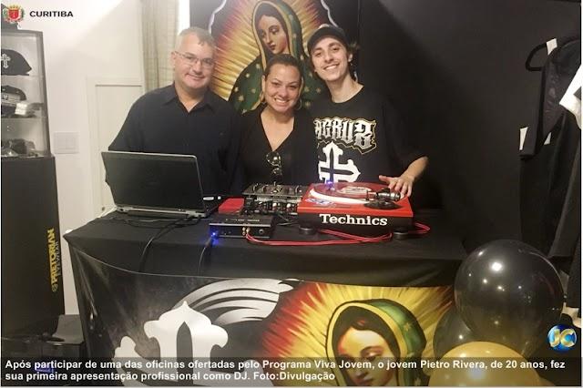 Aluno do Viva Jovem faz primeira apresentação como DJ profissional