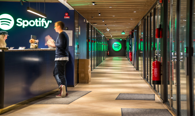 'PODCAST WARS' APPLE VERSUS SPOTIFY EN USA