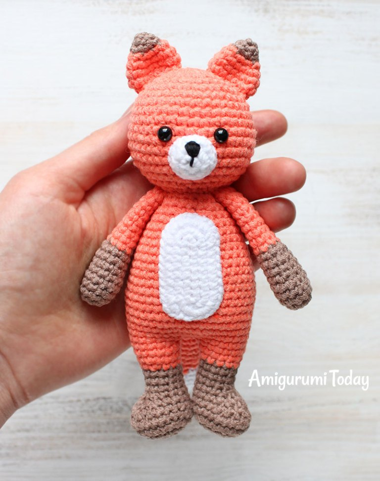 Cute Bear Amigurumi - Pattern Center | 973x768