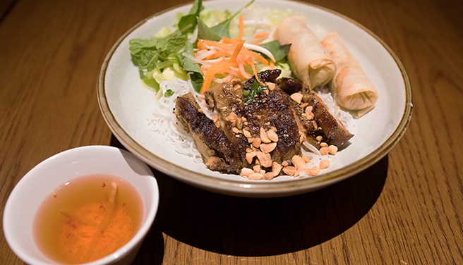Grilled Chicken & Fried Spring Rolls with Rice Vermicelli