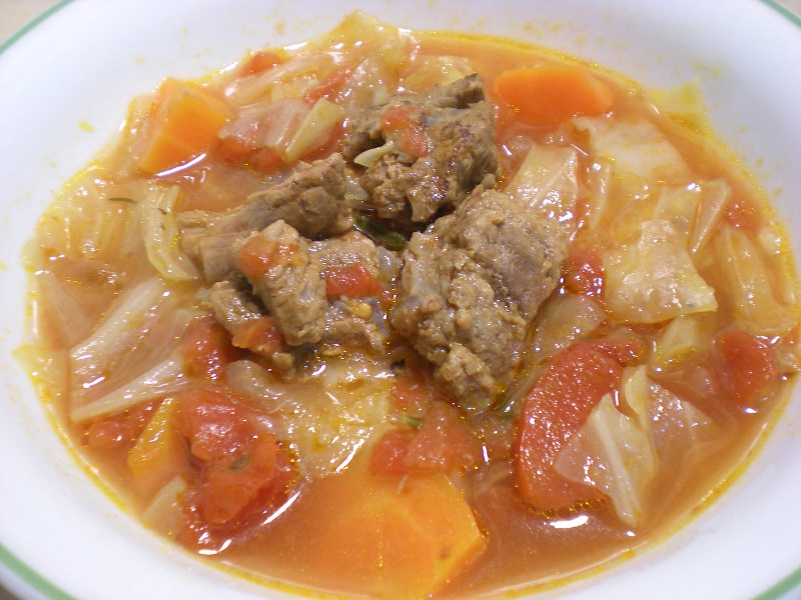 Vicky的好食光: [一鍋料理]番茄蔬菜牛肉湯 Tomato beef soup