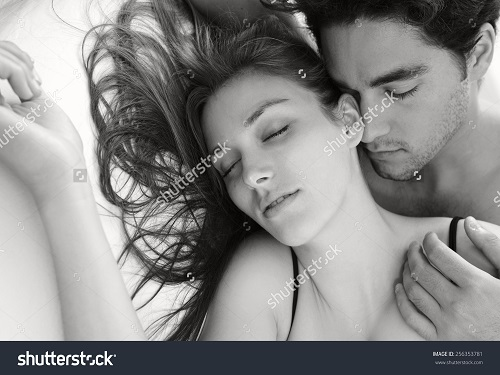 Happy Valentines Day 2016 Black & White Wallpapers Free Download, Happy Valentines Day 2016 Images, SMS, Wishes, Quotes, Shayari, Pictures, Messages
