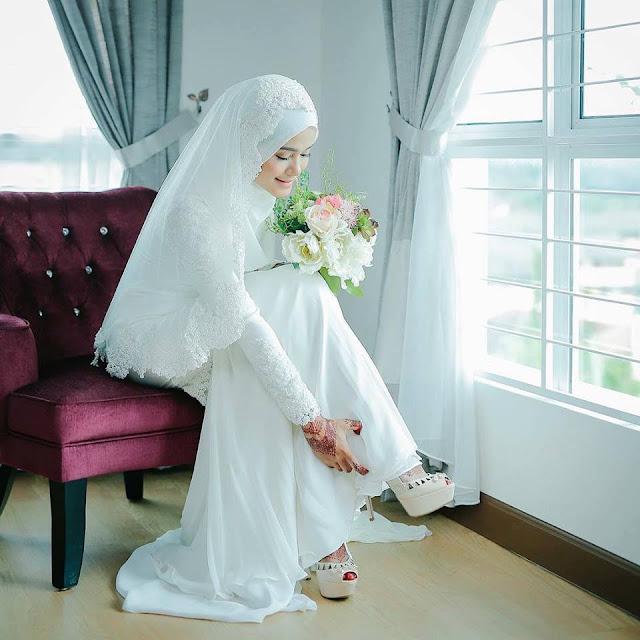 Gaun Pengantin Akad Warna Putih Untuk Muslimah